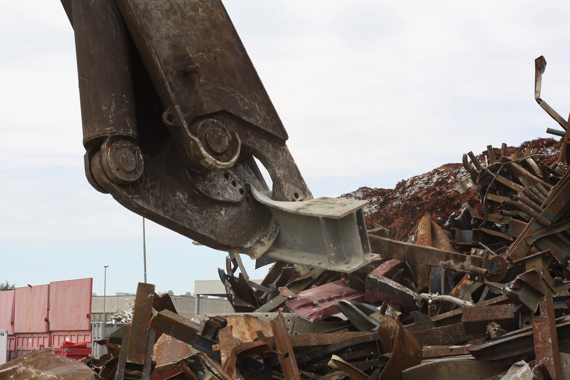 Turkish domestic scrap prices continue to fall