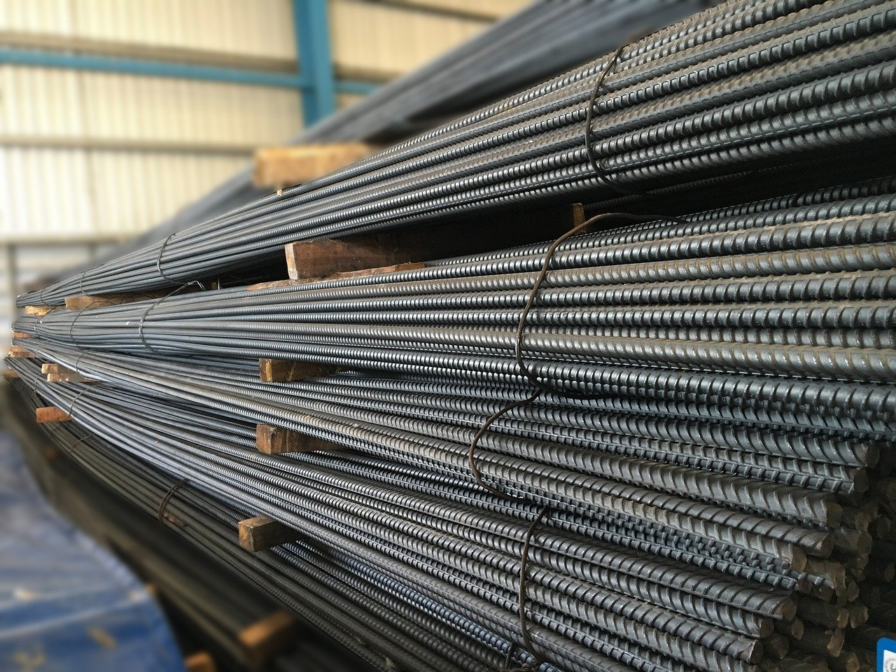 Chinese rebar recovers on demand